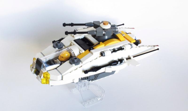 [MOC] Navette d'assaut légère LAS-01 de la Fédération Minière Galactique(Version finale et montage)  Img_2814