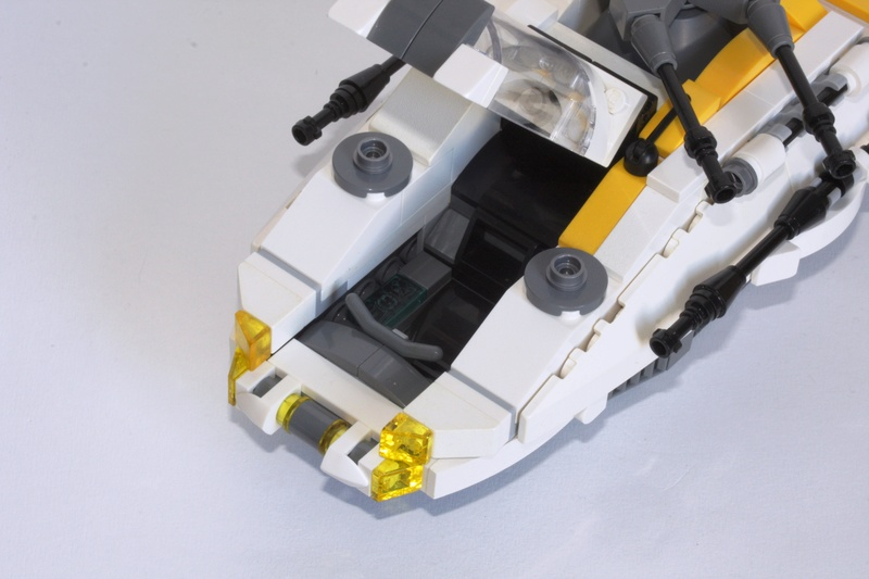 [MOC] Navette d'assaut légère LAS-01 de la Fédération Minière Galactique(Version finale et montage)  Img_2818