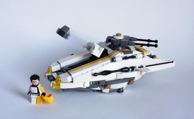 [MOC] Navette d'assaut légère LAS-01 de la Fédération Minière Galactique(Version finale et montage)  Img_2916