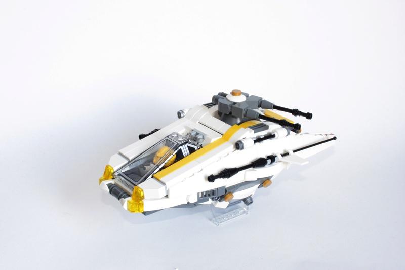[MOC] Navette d'assaut légère LAS-01 de la Fédération Minière Galactique(Version finale et montage)  Img_3014
