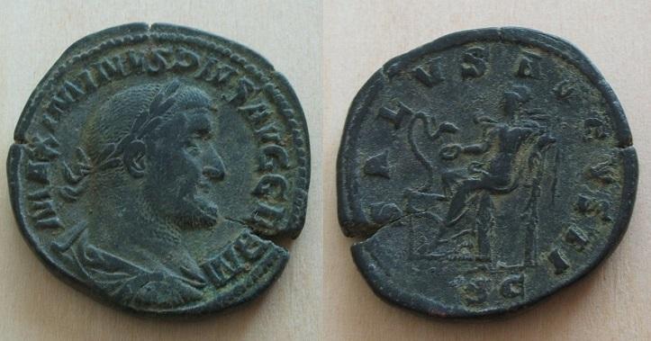 Mes bronzes du 3ème siècle - Page 11 Maximi11