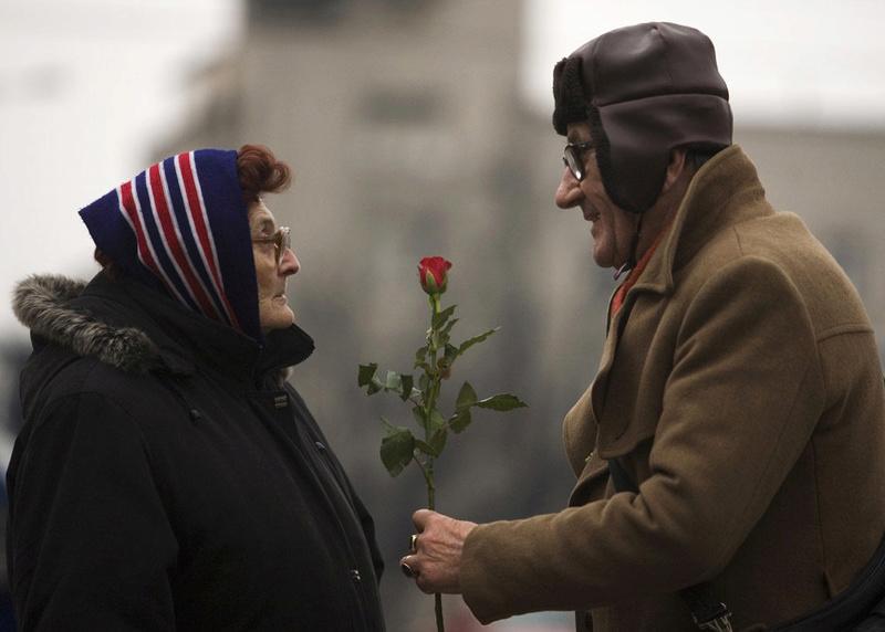 Ljubav i romantika u slici  - Page 8 Mwo3ex10