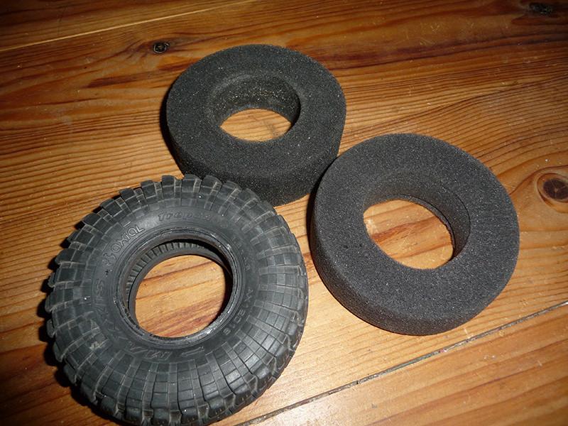 Comment découper et adapter la mousse des pneus pour une meilleure accroche ou grip pour scale trial et crawler Mousse10