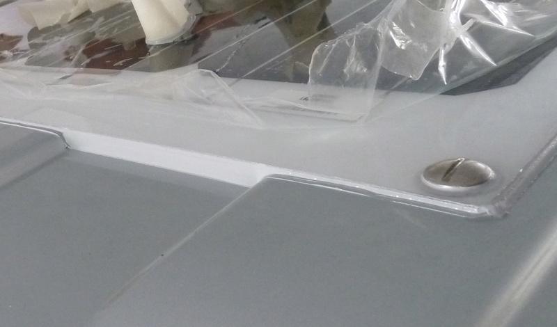 Perçage du toit - Fiat DUCATO - Panneaux Solaires P1040210