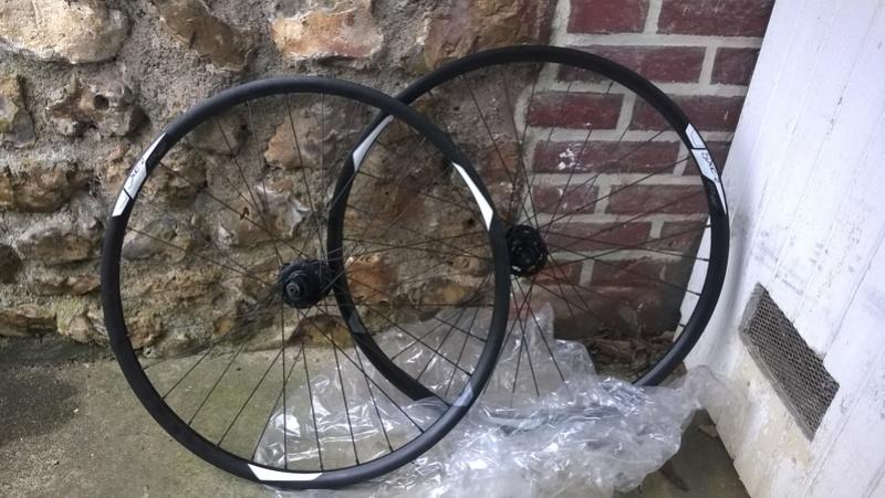 [VENDUES] Paire de roues Giant SXC-2 27.5 Roues_10