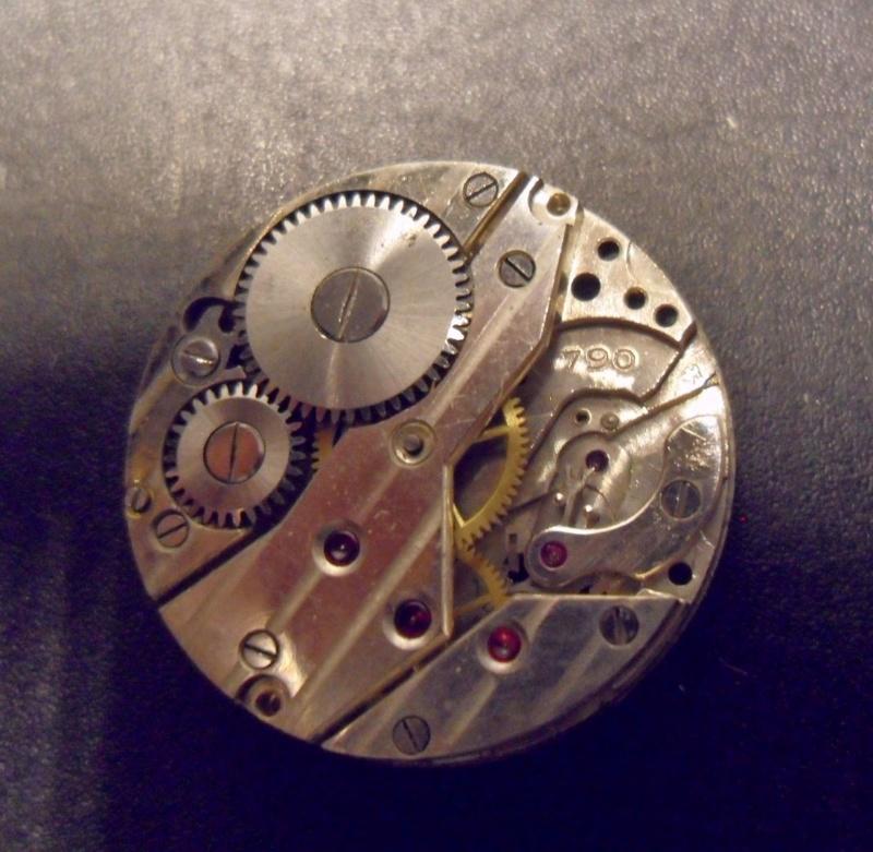 Jaeger -  [Postez ICI les demandes d'IDENTIFICATION et RENSEIGNEMENTS de vos montres] - Page 41 Sam_0124