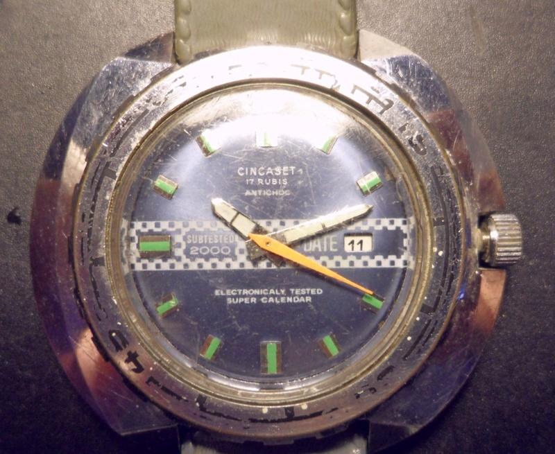 Un post qui référence les montres de brocante... tome IV - Page 2 Sam_0223