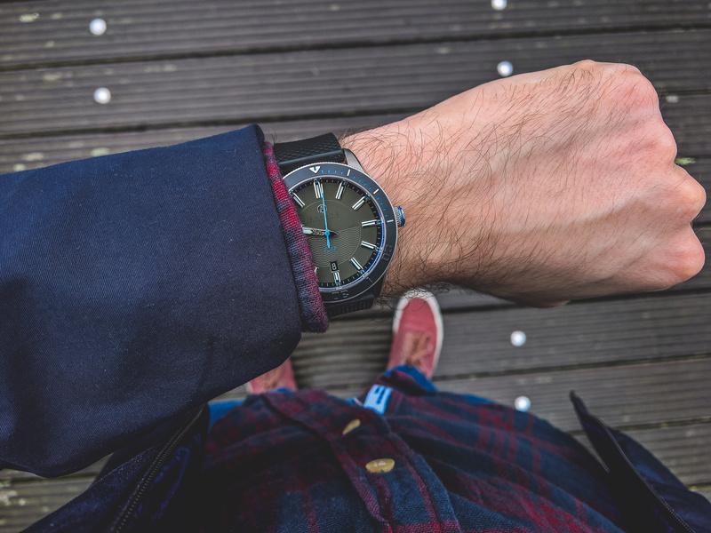 Les bracelets Akrone ... photos des belles idées que vous nous avez demandées ;) - Page 5 08032012