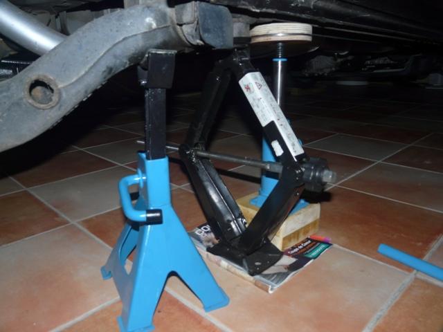 Changement plaquette de frein arrière - Vito CDI 112 année 2000 P1100210