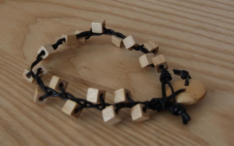 Knotted bracelet Knotte10