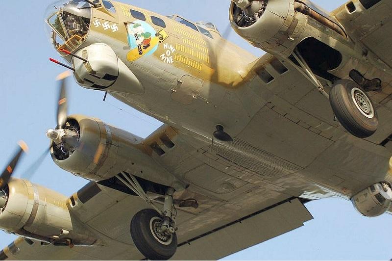 La foto diaria - Página 39 B-17g_10