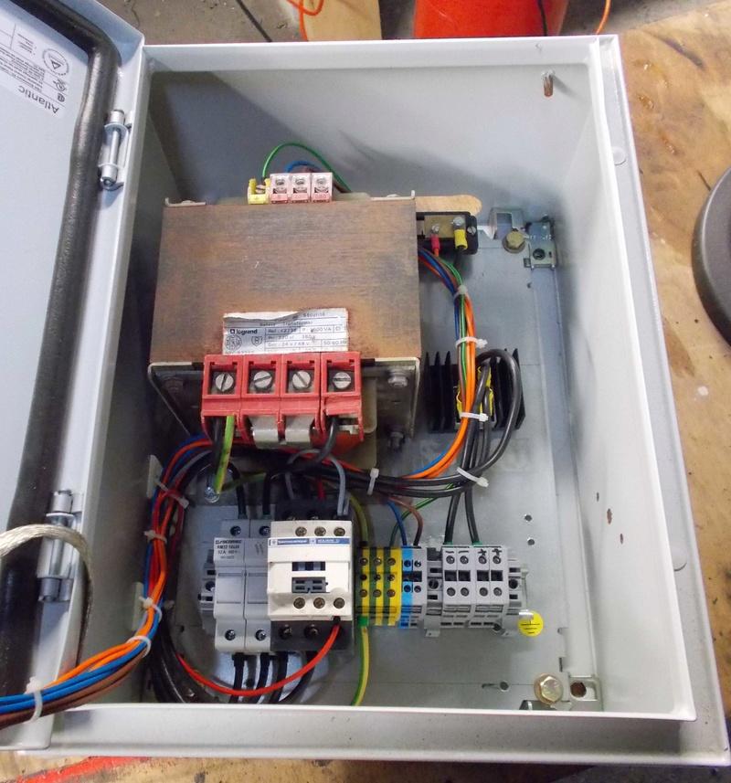 Projet personnel: Magnetiseur d'aimants - Page 3 Dscn1011
