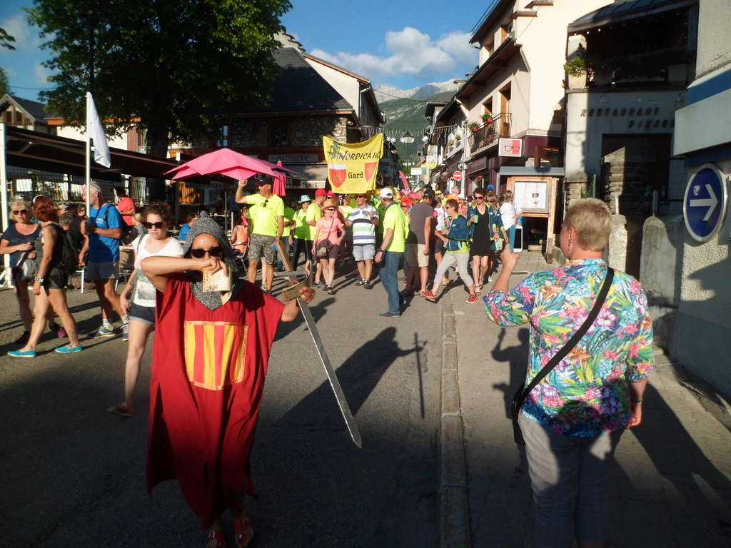 L'Euro Nordic Walk du Vercors : une grande fête et un beau rendez vous de la marche nordique  Sam_5035