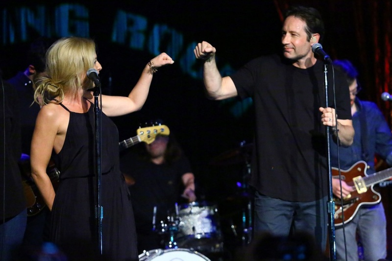 The X-Files Concerts 15-gin17