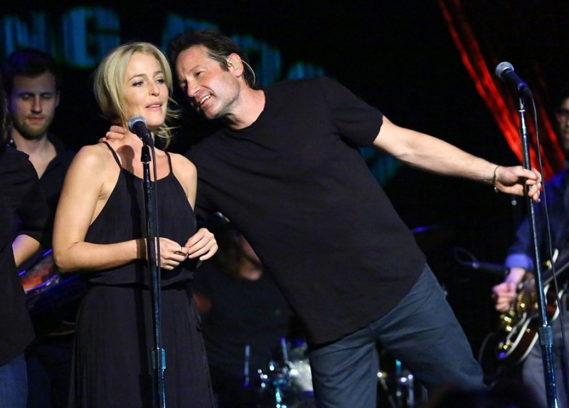 The X-Files Concerts 16-gin16