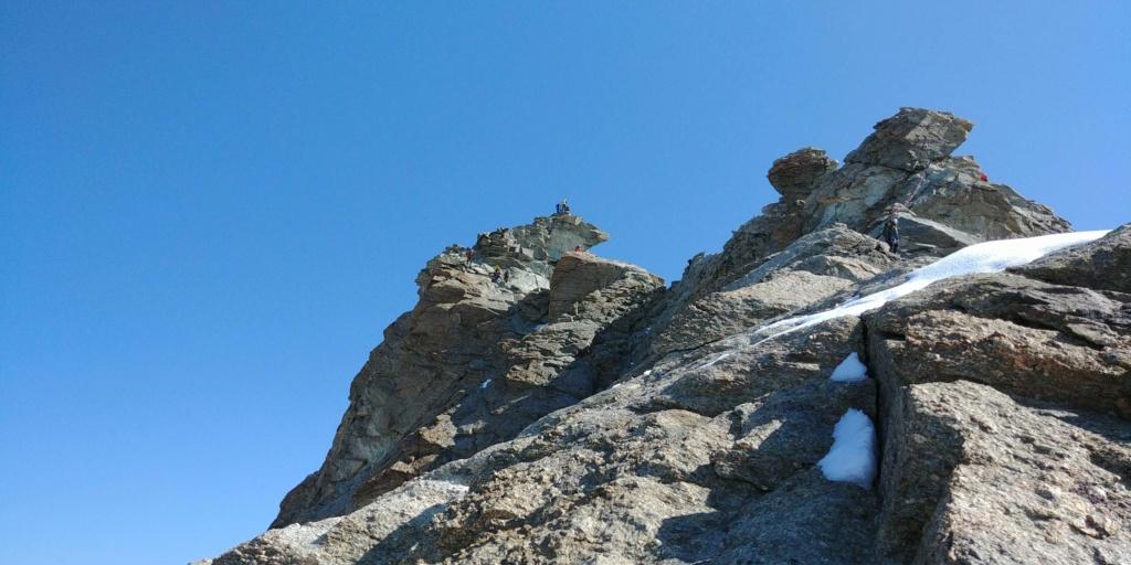 14 au 16 Août : Obergabelhorn 4063 m  Zinalrothorn 4221 m Cr15-510