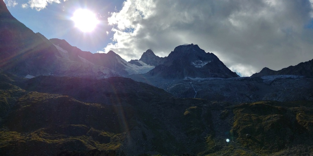 14 au 16 Août : Obergabelhorn 4063 m  Zinalrothorn 4221 m Cr2011