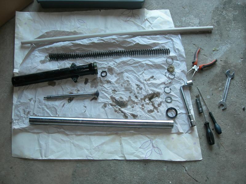 Remontage ETZ 250 - Page 2 Dscn9018