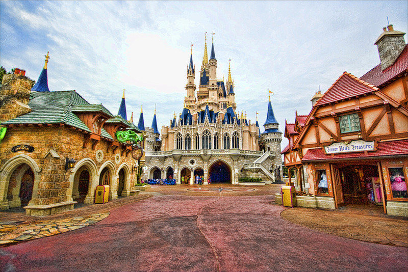 "[Magic Kingdom] New Fantasyland - Castle Courtyard, le ""vieux"" Fantasyland (2012) - Page 6 Img_1317"