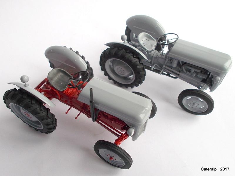 """Ferguson FF-30 mon petit gris """"rouge """" et TE-20 mon petit gris """"gris""""  - Page 2 Deux_f14"""
