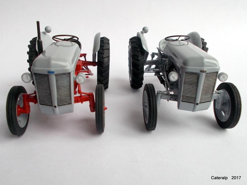 """Ferguson FF-30 mon petit gris """"rouge """" et TE-20 mon petit gris """"gris""""  - Page 2 Deux_f15"""