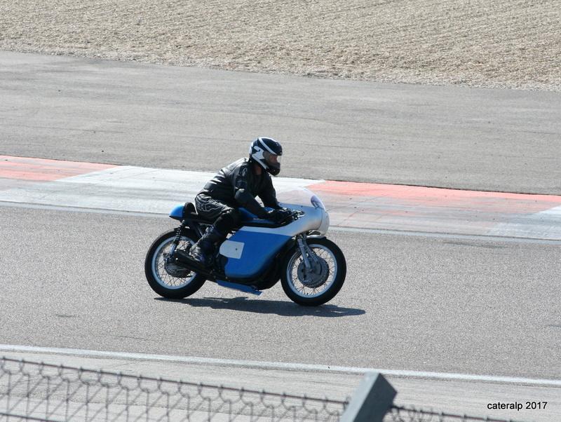 Les photos des Coupes Moto Légende 2017 Moto_146