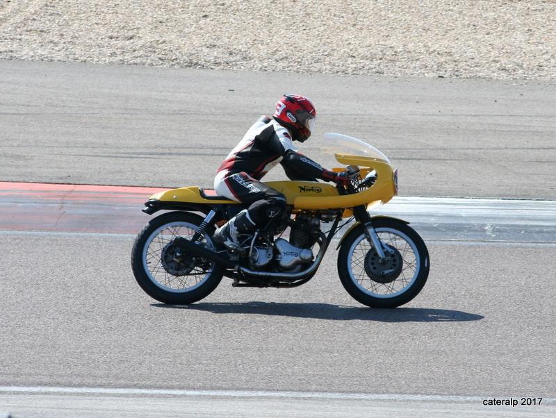 Les photos des Coupes Moto Légende 2017 Moto_157