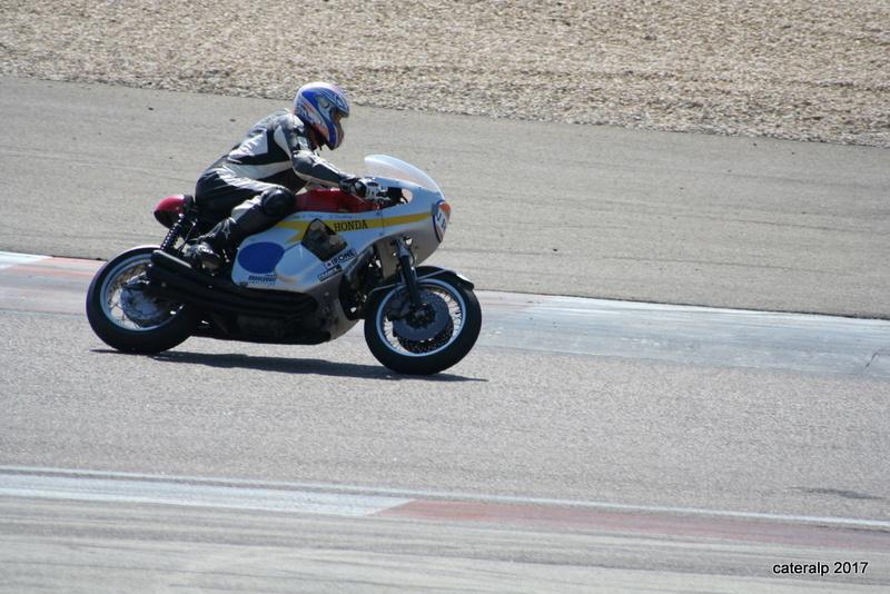 Les photos des Coupes Moto Légende 2017 Moto_164