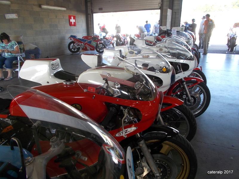 Les photos des Coupes Moto Légende 2017 Moto_l34