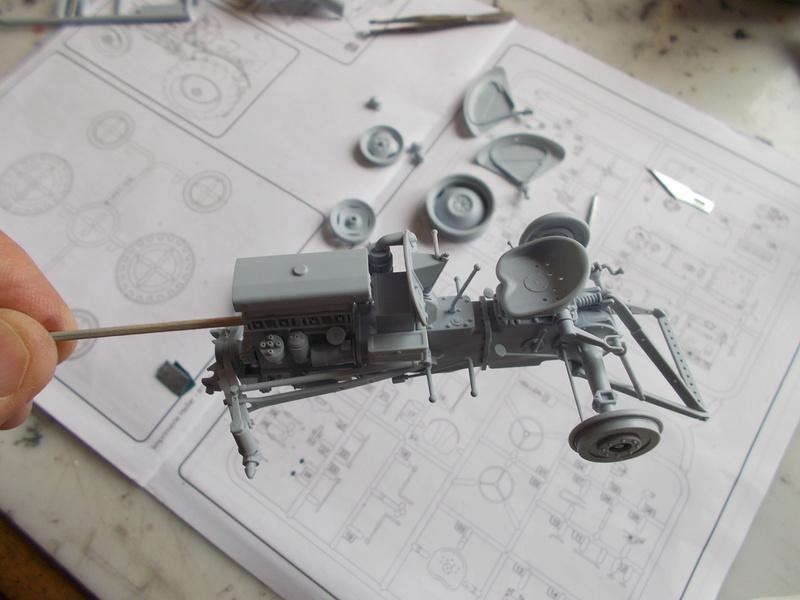 """Ferguson FF-30 mon petit gris """"rouge """" et TE-20 mon petit gris """"gris""""  - Page 2 Tracte13"""