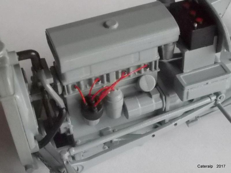 """Ferguson FF-30 mon petit gris """"rouge """" et TE-20 mon petit gris """"gris""""  - Page 2 Tracte17"""