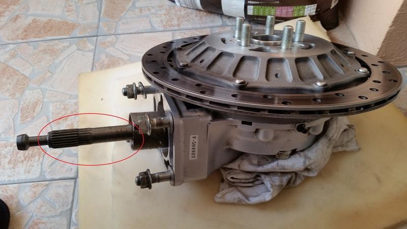 [résolu]Qui a déjà cassé sa transmission (pas la boite de vitesse) mais la ligne entre la sortie moteur et le couple conique 2015-110
