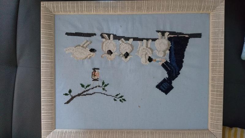 Galerie de lapone -Bonjour à toutes : voici des broderies réalisées à partir de 1990... - Page 3 Dsc_0835