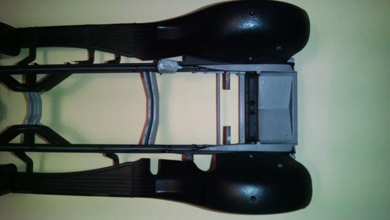 Mercedes G4 in 1:24 von ICM Kiew von plastikhobbit Img_2031