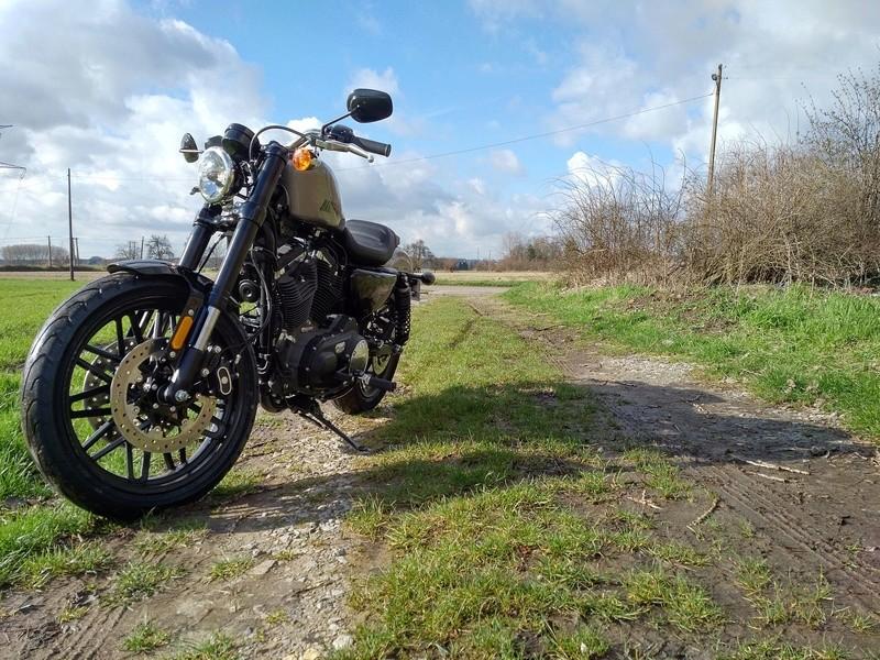 Quand Ratus teste des motos - Page 8 Img_2012