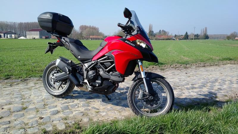 Quand Ratus teste des motos - Page 8 Img_2019