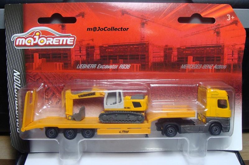 N°623 MERCEDES-BENZ ACTROS II + N°624 FLIEGL LOW LOADER + LIEBHERR EXCAVATOR R936 623-6213