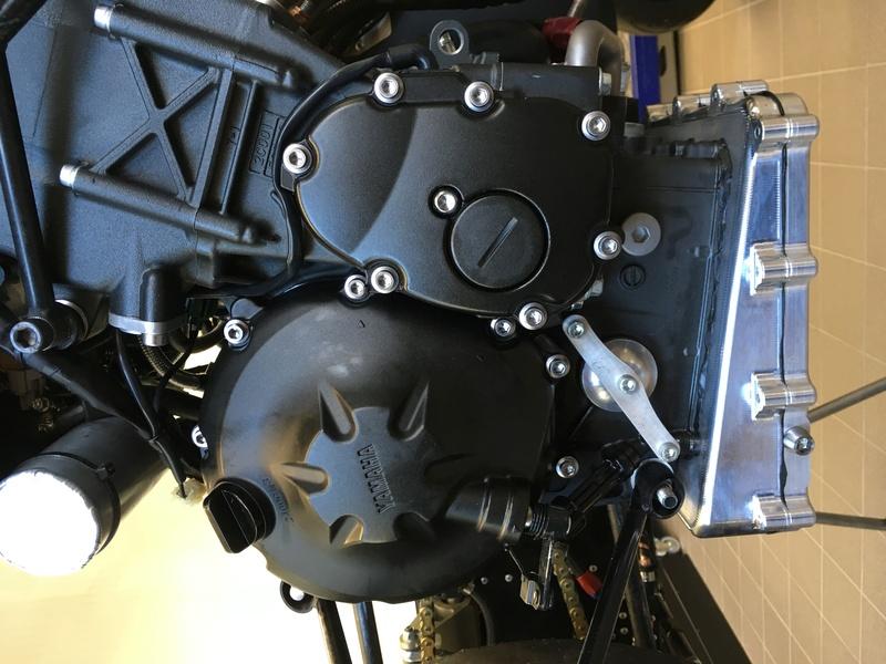 Side LCR Yamaha R6 Img_0825
