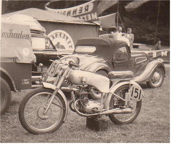 [Oldies] Les transporteurs de motos des paddocks - Page 5 Transp10