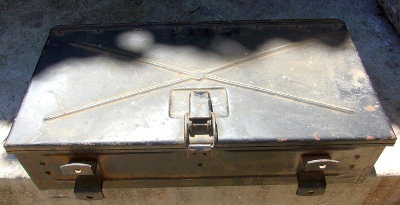 Une boite allemande WWII 106_7810