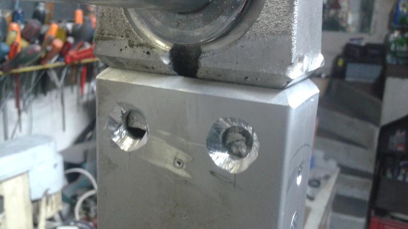 adaptation bras oscillant GSX R 1989 sur GSX Soudur10