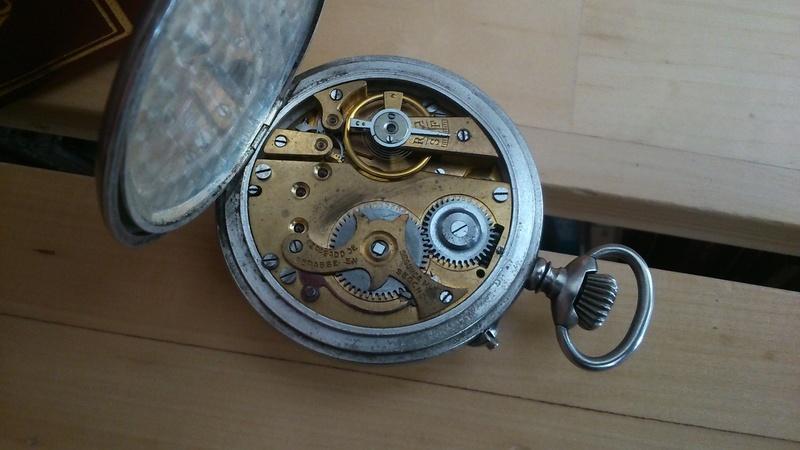 L'histoire des montres de chemins de fers - Page 5 Dsc_0215