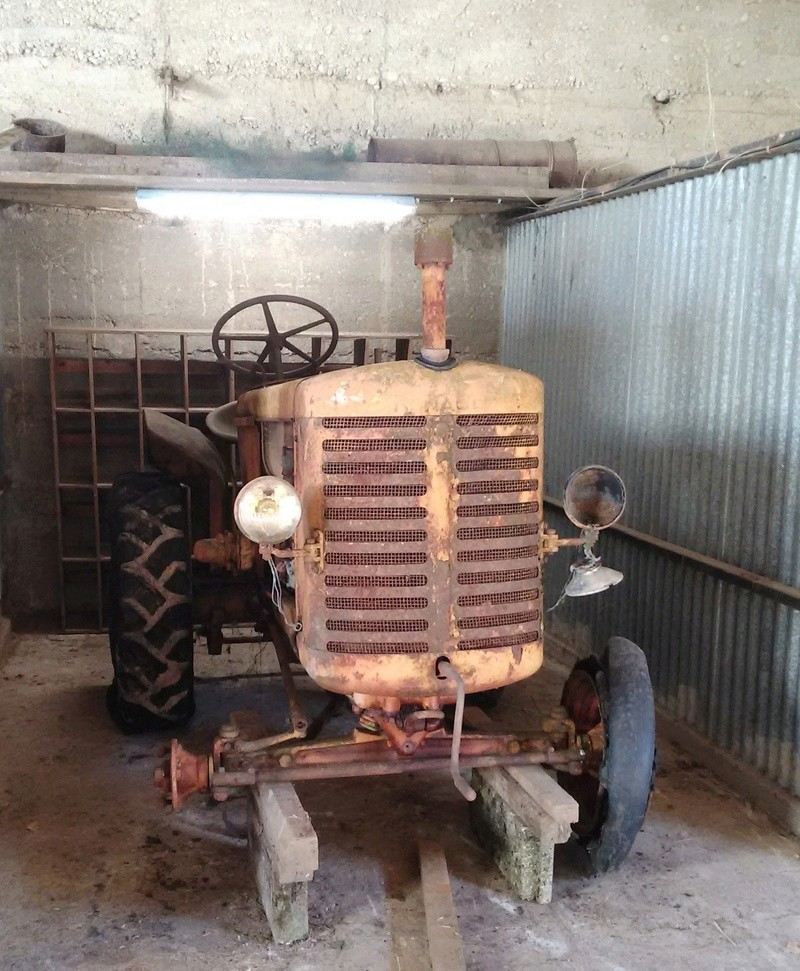 Renault R 3041 en restauration 210