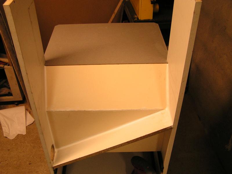 Un meuble caisson pour ma scie à onglet  Caison11