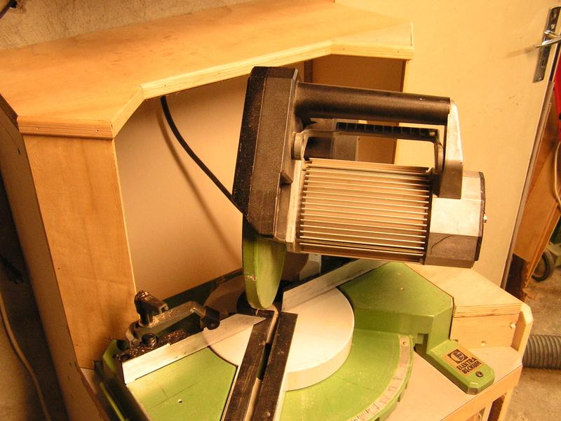 Un meuble caisson pour ma scie à onglet  Caison16