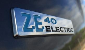 Historique de Zoé et de ses versions de moteurs et de batteries Zoe-4010