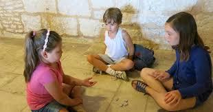Quand nous étions enfants ....... Lara_l72