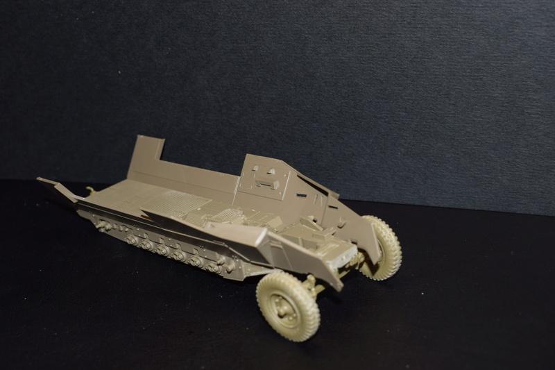 Sd.Kfz.251/17 Ausf.C - AFV CLUB au 1/35e Dsc_0614