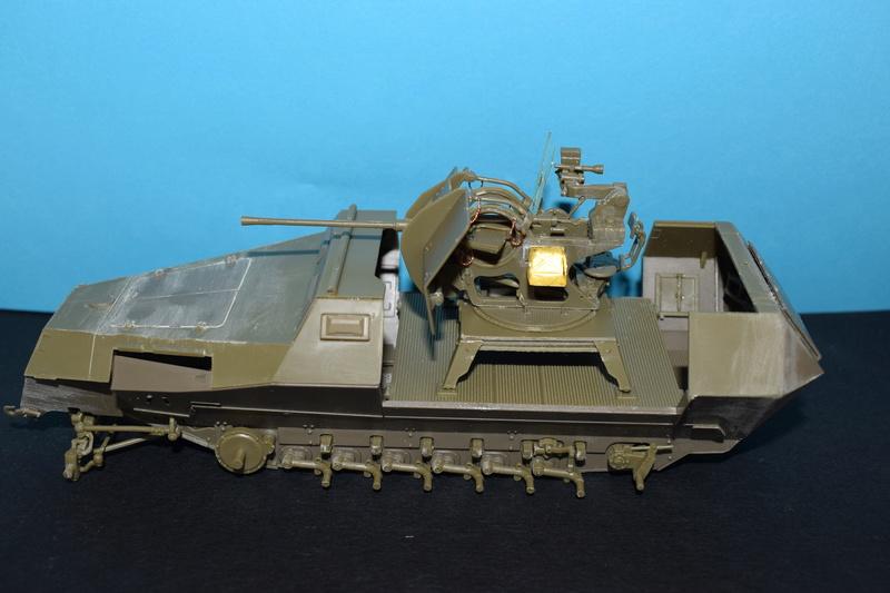 Sd.Kfz.251/17 Ausf.C - AFV CLUB au 1/35e Dsc_0716