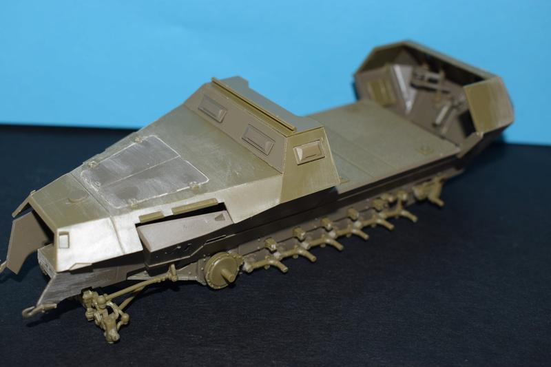 Sd.Kfz.251/17 Ausf.C - AFV CLUB au 1/35e Dsc_0717